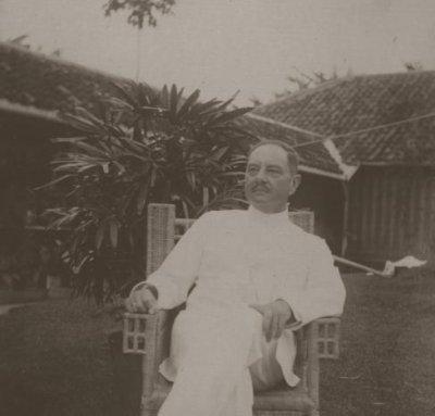 L.C Westenenk Foto diambil ketika menjabat sebagai Residen Bengkulu pada, sekitar tahun 1919. Sumber Gambar: KITLV.NL